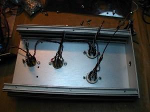 Préparation du câblage des cartes.